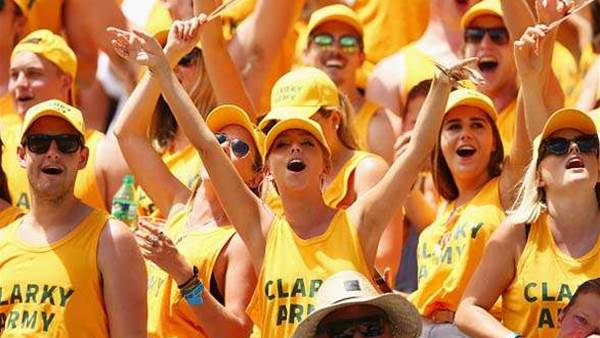 Gallery: wildest and hottest fans of Sydney Sevens