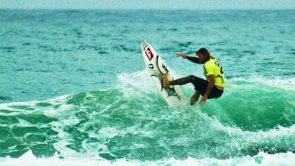Hoy and Egan to lead Merewether to Surftag Crown