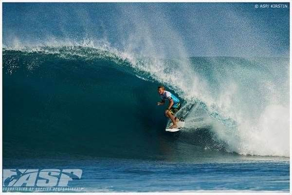 Day 1 of the Billabong Pipe Masters