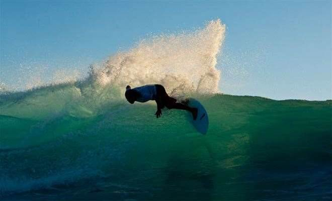 Sunset Beach Ends Tracks Editor's Hawaii Trip
