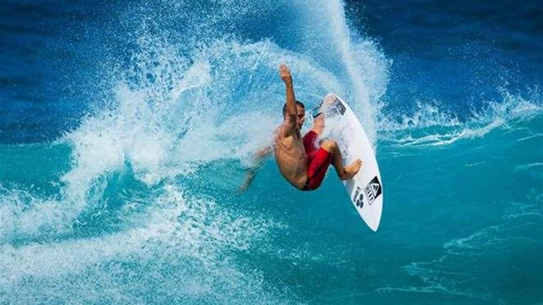 """FREE WALLPAPER: Searing Surfing """"Mondayitis"""" Kai Otton"""