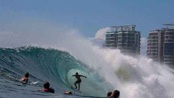 KIRRA FROM THE WATER