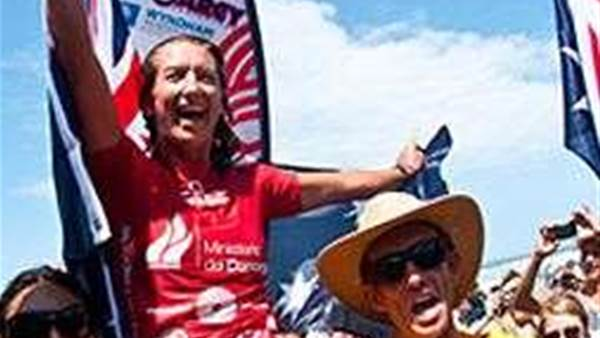 Layne Beachley wins ISA World Masters on an epic final day Ecudor