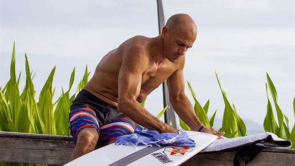 Kelly Slater v Joel Parkinson - A Tale Of Two Surfers