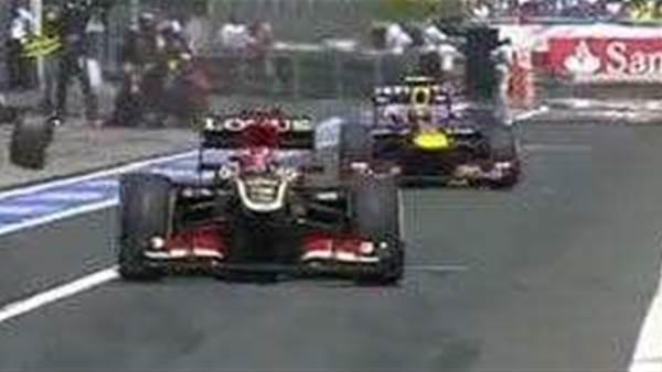 Webber's wheel hits cameraman
