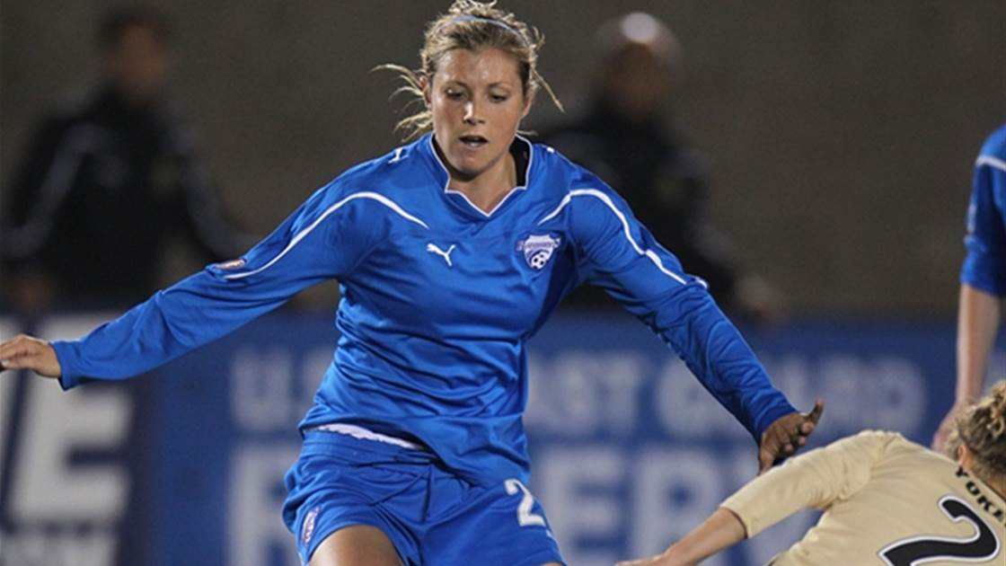 Hemmings joins Canberra United
