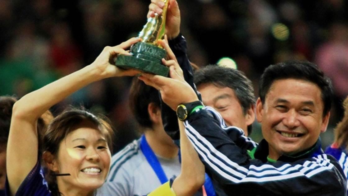 Sawa, Sasaki take out top awards