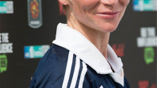 Jess Fishlock returns to Victory