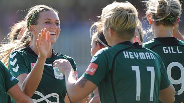 Canberra United ambush Brisbane Roar