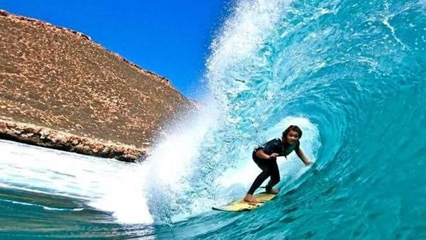 Surf Sister Imogen Caldwell