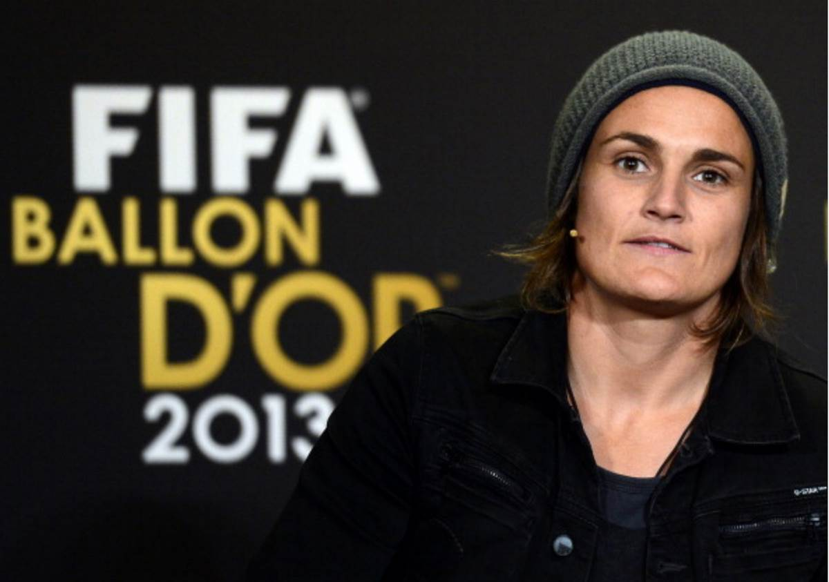 Nadine Angerer wins Ballon d'Or, announces signing with Portland Thorns