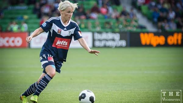 Jessica Fishlock named FMA Player of the Year