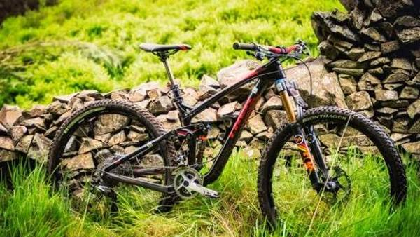 Trek Factory Racing rides Remedy 29 Carbon to Enduro World Series lead