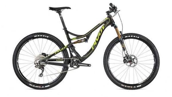 Pivot announce all new Mach 4 650b Carbon