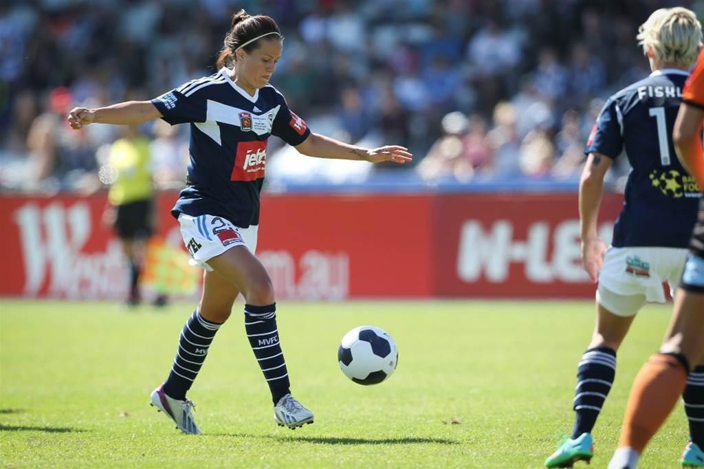 Lauren Barnes returns to Melbourne Victory