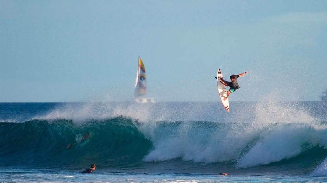 Seth Moniz, Hawaiian Flyboy