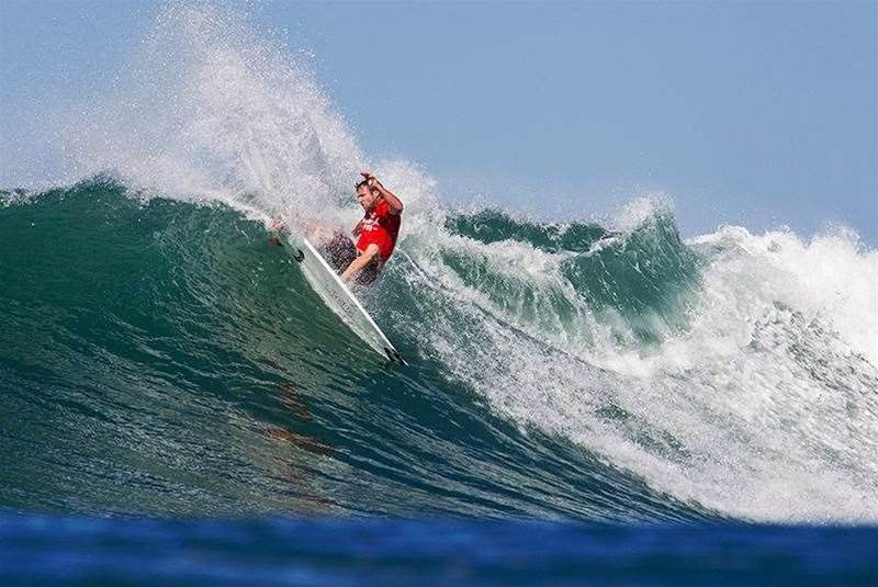 Lightning Strikes: Day Two Of The 2014 Hurley Pro