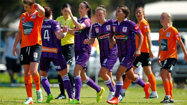 Sam Kerr and Kate Gill shine in Glory opener