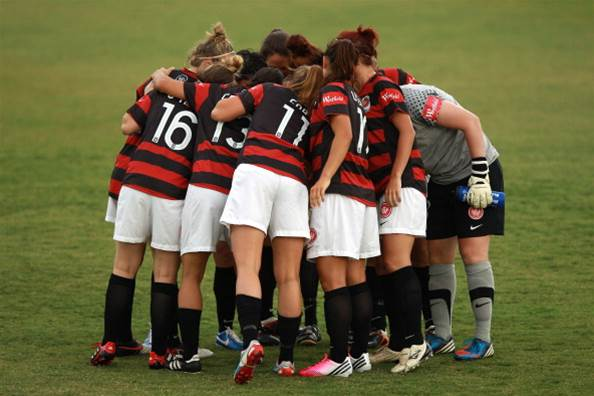 Wanderers turn to youth for 2014