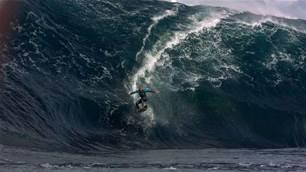 Chris Bryan / Surfing @ 1000 Frames Per Second