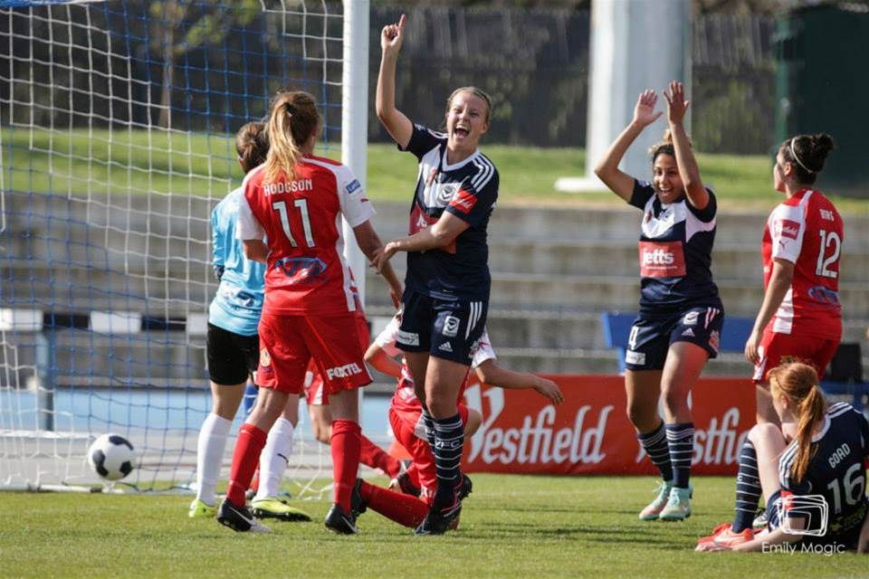 Amy Jackson stars as Melbourne Victory cruise against Adelaide United