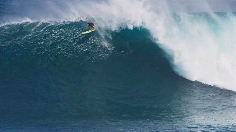 First Big Swell Of The Year At Jaws