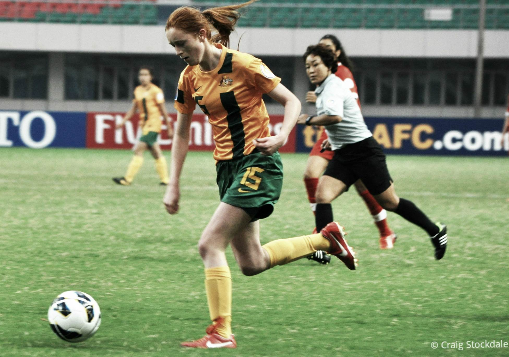 Australia cruise to opening 6-0 win over Hong Kong