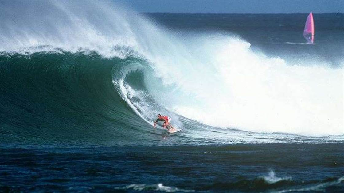 North Shore Moments: Gary 'Kong' Elkerton Goes Back To Back At Sunset