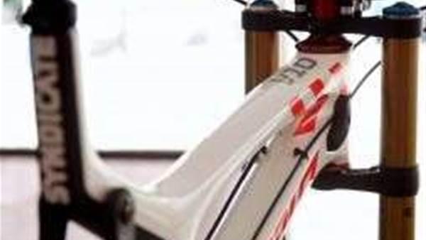 Santa Cruz Bikes unleash the all new V-10