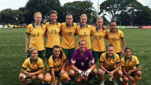 Australia hold out fast finishing New Zealand for 3-2 win