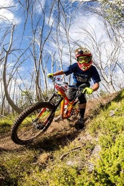Graves and Mullens take Buller Enduro wins