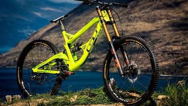 GT Factory Racing Unveil 2015 Bikes