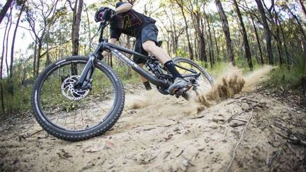 TESTED: Shimano M200 Trail Shoe