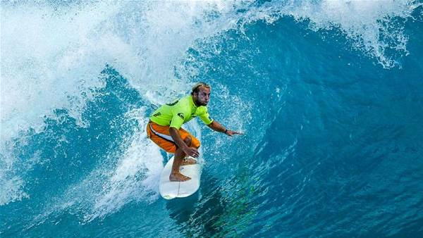 Classic Fiji Moments: Hog Paddles To Cloudbreak