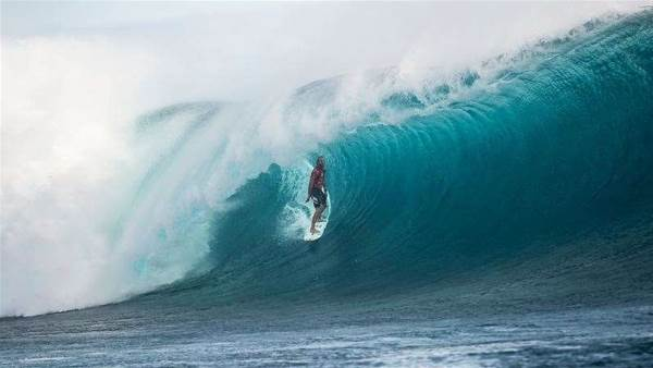 Owen Wright Stands and Delivers at the Fiji Pro