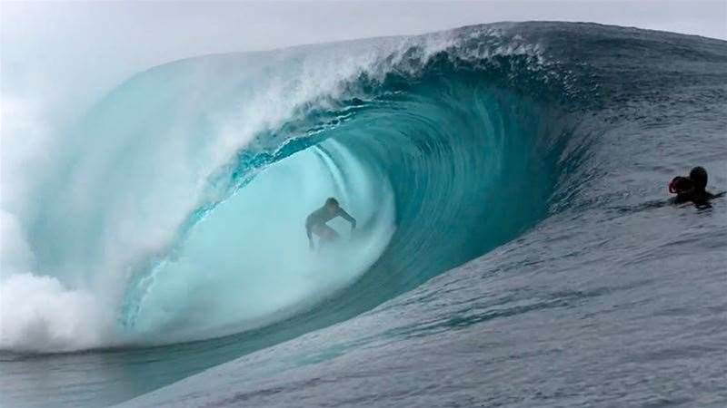 Watch Reef's New Film 'Exit'