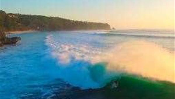 Padang Padang Swell of the Decade