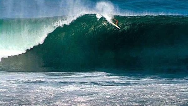 Sean Woolnough's Uluwatu Bomb