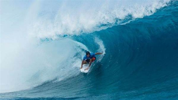 Jeremy Flores Wins the Billabong Pro Tahiti