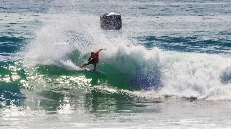 Hurley Pro: Julian Wilson Bows Out to Miguel Pupo in Rnd 3