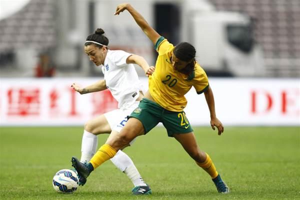 Australia falls to England 1-0