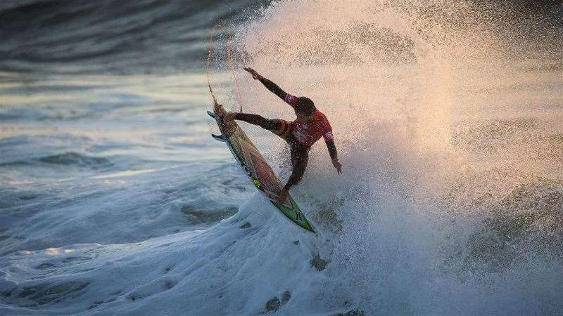 Moche Rip Curl Pro, Portugal Brazilian Storm Upgraded to Hurricane