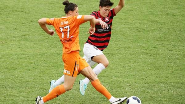 Round 2: Western Sydney Wanderers v Brisbane Roar