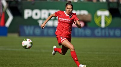 Canberra United complete loan signing of Portland Thorns striker Jodie Taylor