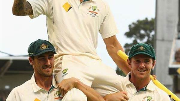 Tribute to the retiree Mitchell Johnson