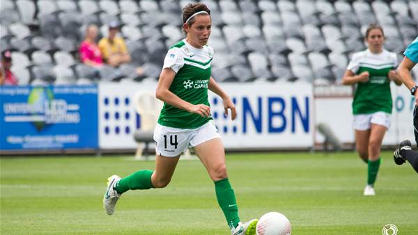 Ashleigh Sykes named PFA November 2015 Player of the Month