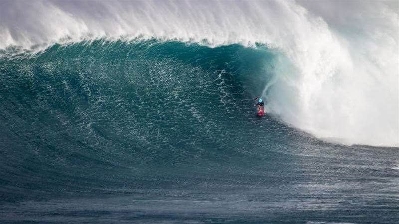 Greg Long Crowned 2015/16 Big Wave World Tour Champ