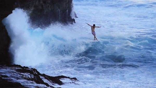 Mason Ho & Tom Curren: Licence To Chill