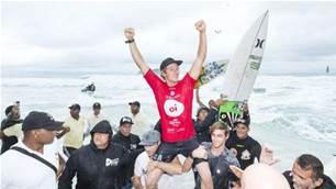 JJF Wins Brazil or Two Blonde Kids Paddle Over a Sandbar
