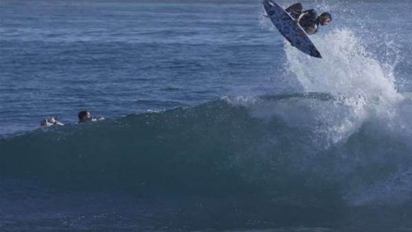 Filipe Toledo And One Minute At Lowers